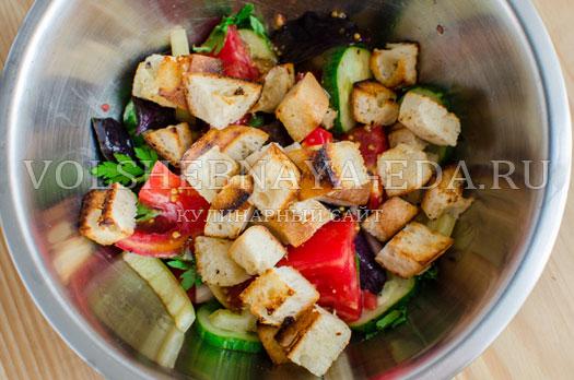 hlebnyj-salat-pancanella-12