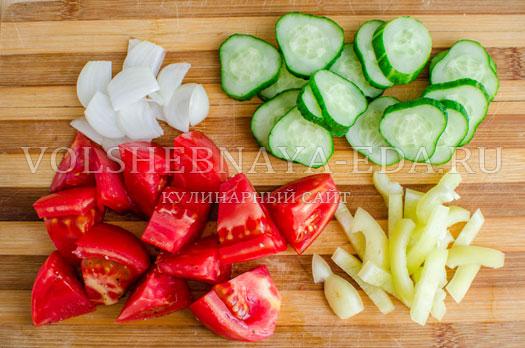 hlebnyj-salat-pancanella-7