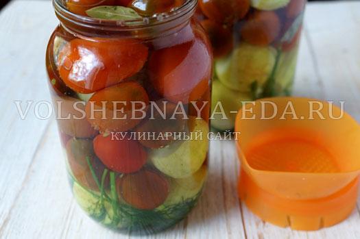 pomidory-i-ogurcy-v-marinade-5