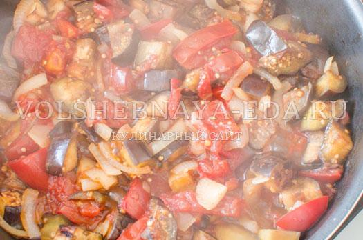 sup-pjure-iz-baklazhanov-i-tomatov-7
