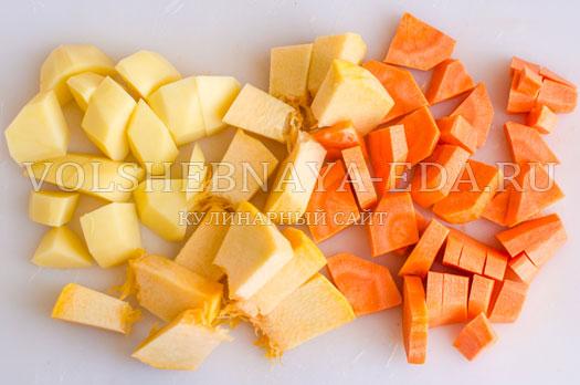krem-sup-morkovno-tykvennyj-s-kvashenoj-kapustoj-2