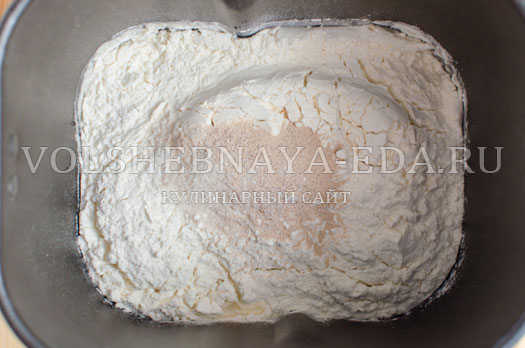 hleb-s-olivkami-i-bekonom-3