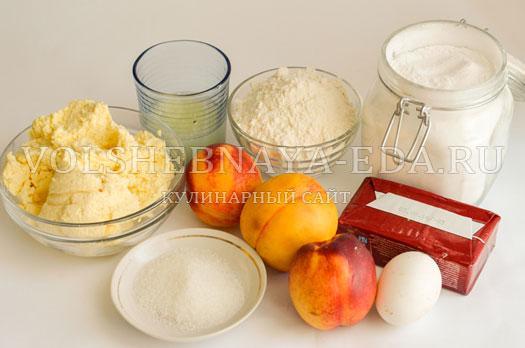 pirog-s-rikottoj-i-nektarinami-1