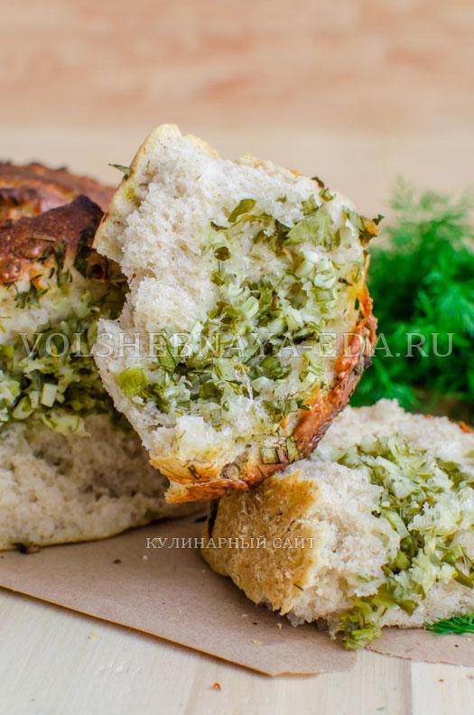 hleb-garmoshka-s-brynzoj-i-zelenju-16