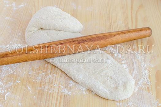 hleb-garmoshka-s-brynzoj-i-zelenju-6