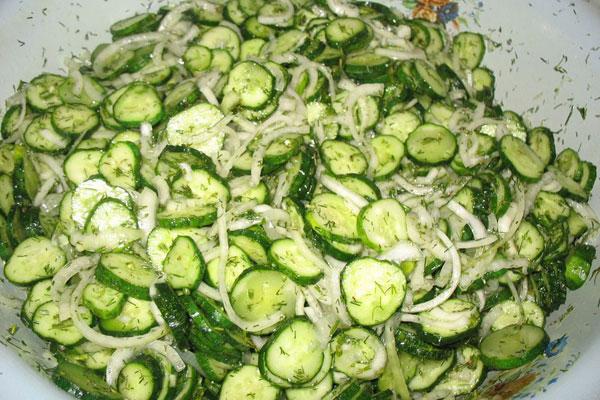 salat-iz-ogurcov7