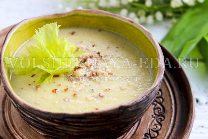Куриный суп-пюре с сельдереем