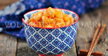 Курица по-китайски в кисло-сладком соусе с ананасами