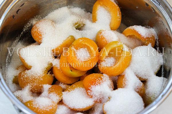 varene iz abrikosov s yadryshkami 3