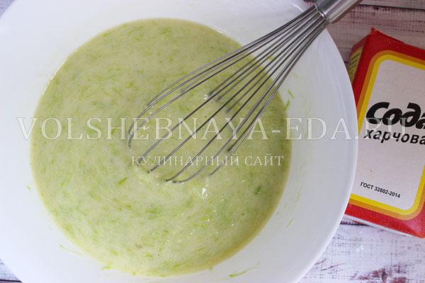 kabachkovye oladi s syrom i zelenyu 3