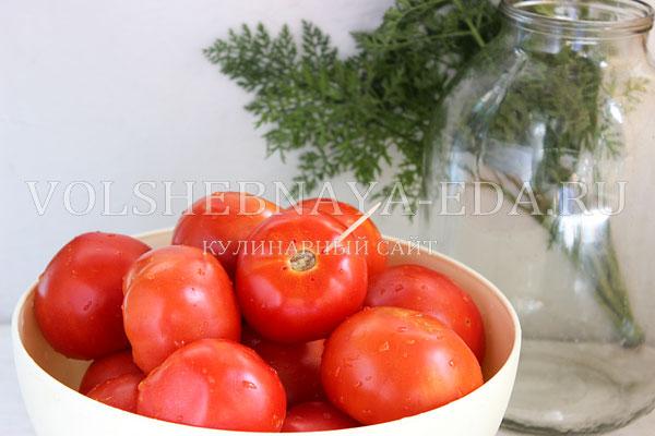 pomidory s morkovnoj botvoj 1