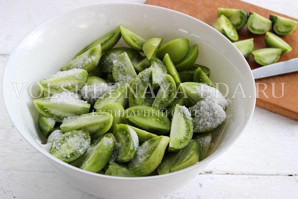salat iz zelenyh pomidorov 1