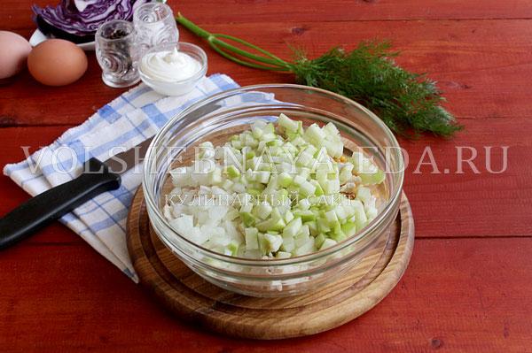 novogodnij salat rukavichka 4