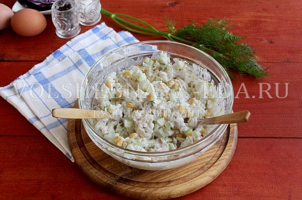 novogodnij salat rukavichka 6