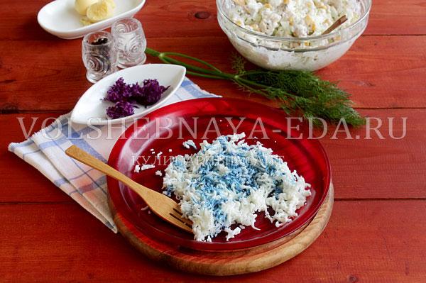 novogodnij salat rukavichka 7