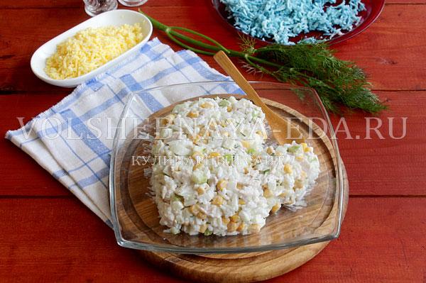 novogodnij salat rukavichka 8