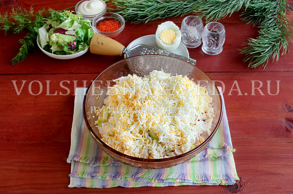 novogodnij salat yolki 4