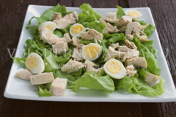 salat s kuricej i perepelinymi yajcami 3