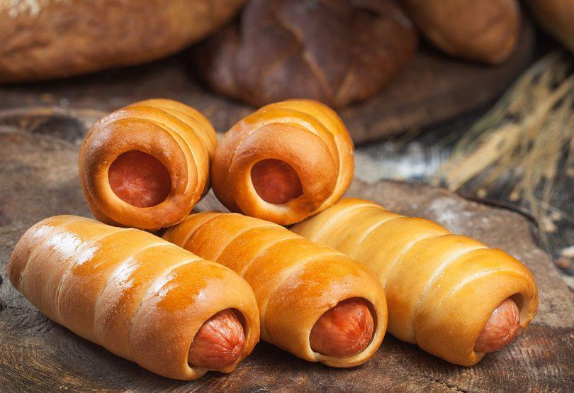 Жареные пирожки с сосиской в тесте — 5