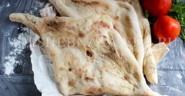 Шотис пури (грузинский хлеб)