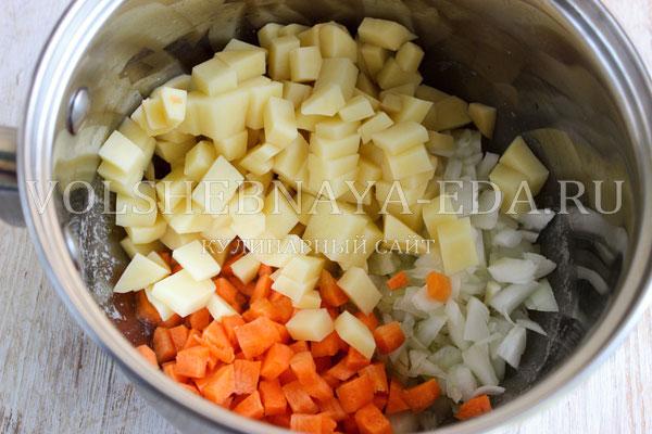sup pyure iz cvetnoj kapusty s kabachkami 1