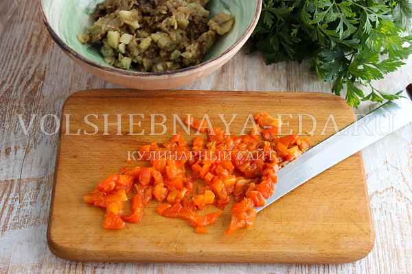 Баклажанная икра - рецепт пошаговый с фото