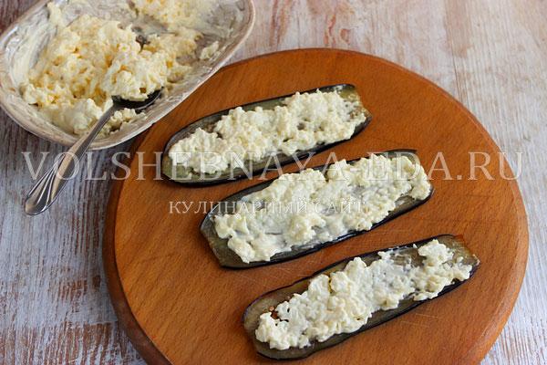 ruletiki iz baklazhanov s pomidorami i syrom 4