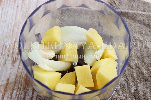 kotlety iz farsha s kartofelem 1
