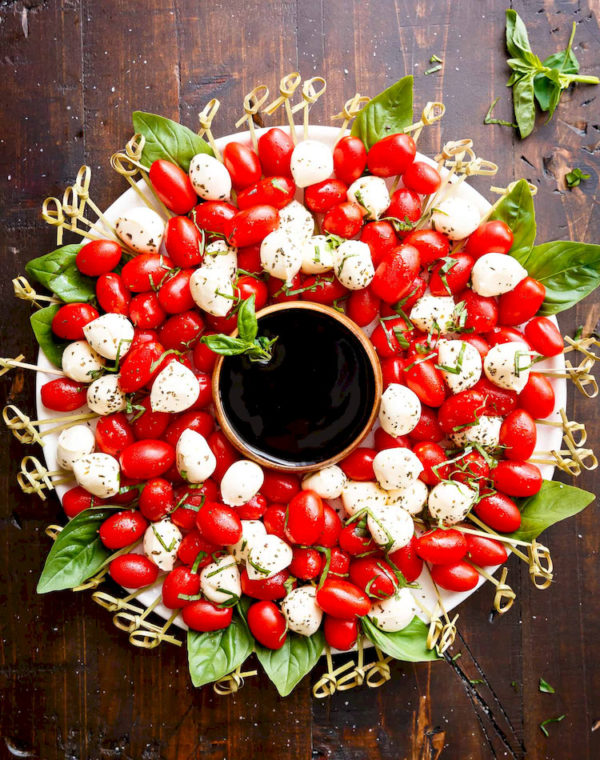 caprese christmas wreath images 1