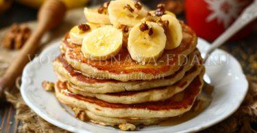 Пышные банановые панкейки на кефире