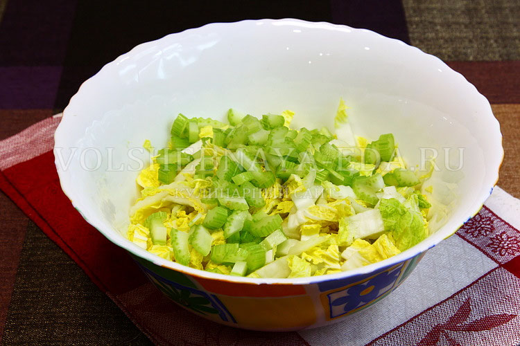 salat iz pekinskoj kapusty s kuritsej 2