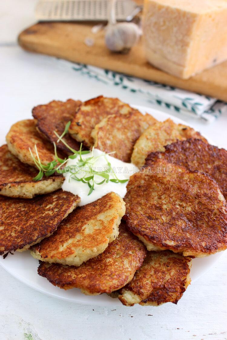 draniki s syrom i chesnokom 10