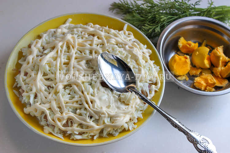 salat podsolnuh s pechenyu treski 6