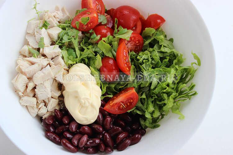 salat s fasolyu i kurinoj grudkoj 4