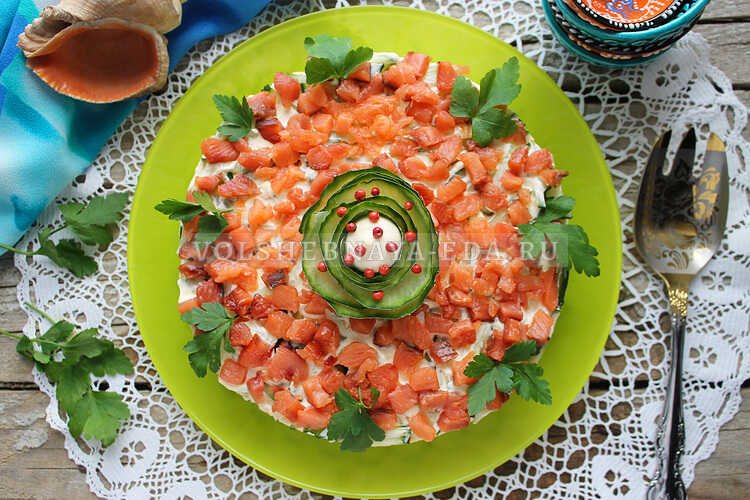 salat s shampinonami i yajtsom 14