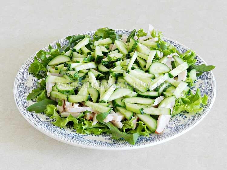 blinnyj salat s kopchenoj kuritsej (8)