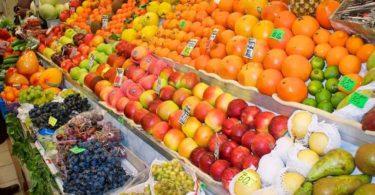 Где правильно покупать фрукты и овощи
