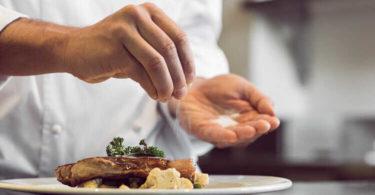 Что делать, если пересолили еду