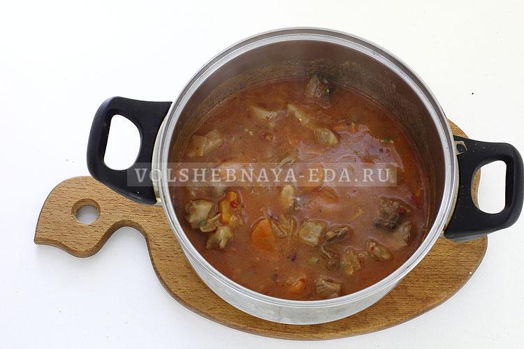 podliva iz svininy s tomatnoj pastoj 11