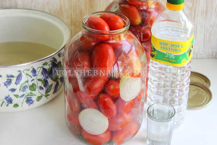 pomidory s lukom (i pertsem) na zimu 4