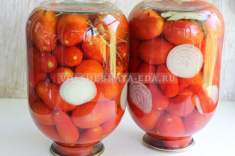 pomidory s lukom (i pertsem) na zimu 5