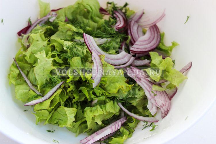 salat s konservirovannymi midiyami 1