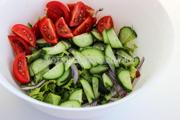 salat s konservirovannymi midiyami 2