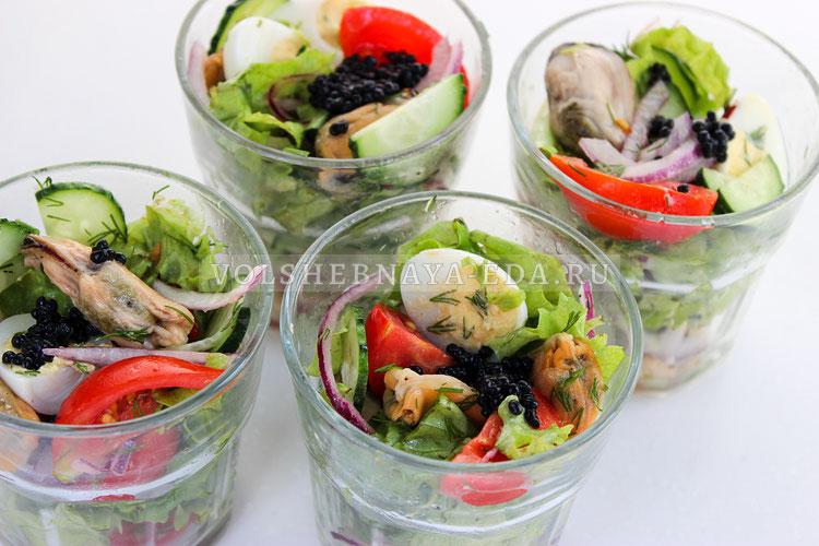 salat s konservirovannymi midiyami 7