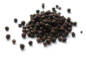 Organic Whole Black Pepper Supplier from Sri crop