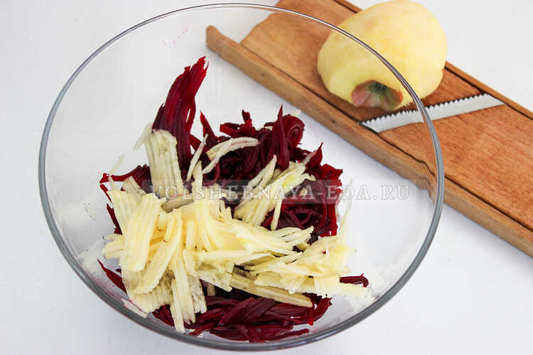 salat iz svekly i yabloka 3