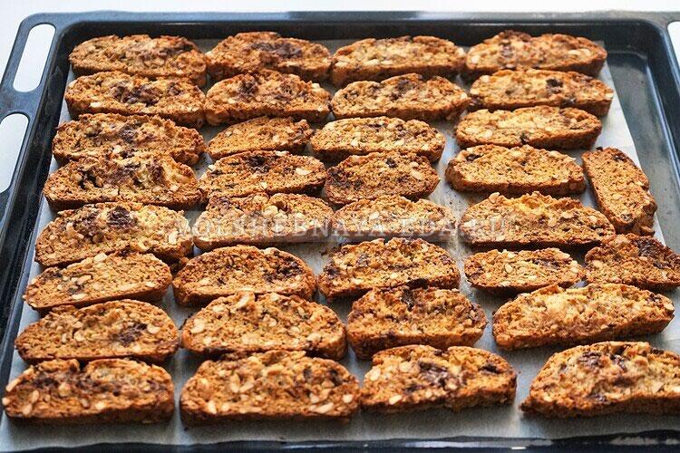 shokoladnoe biskotti s arahisom 16