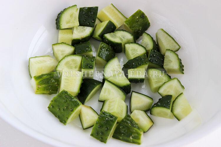 grecheskij salat s avokado 1