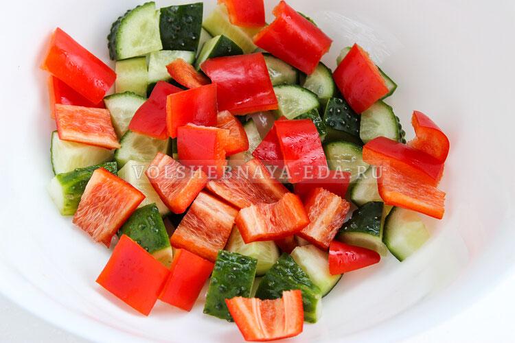 grecheskij salat s avokado 2