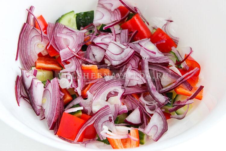 grecheskij salat s avokado 3